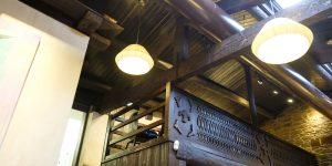 Restaurante Casa Gerardo. Detalle de la cercha, cubierta y salón superior.