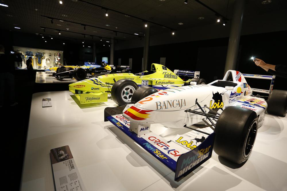 Los primeros monoplazas serios. Copa Nissan y Fórmula 3000. Minardi....