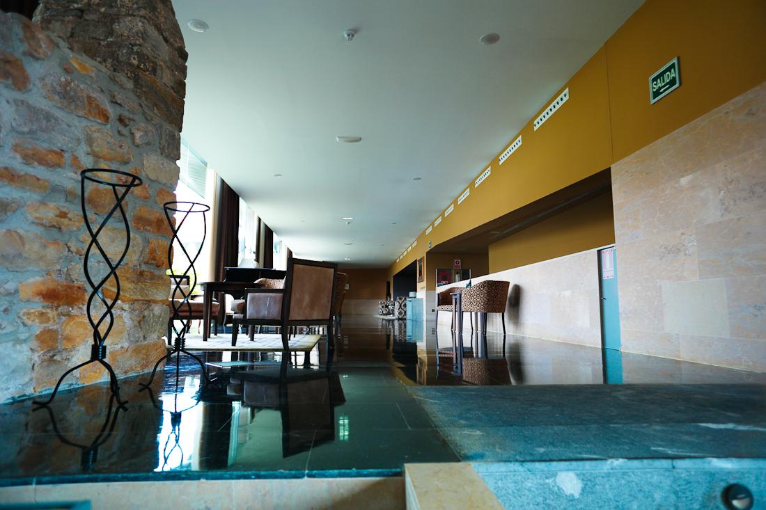 Hotel Palacio de Luces ya cerca del restaurante.