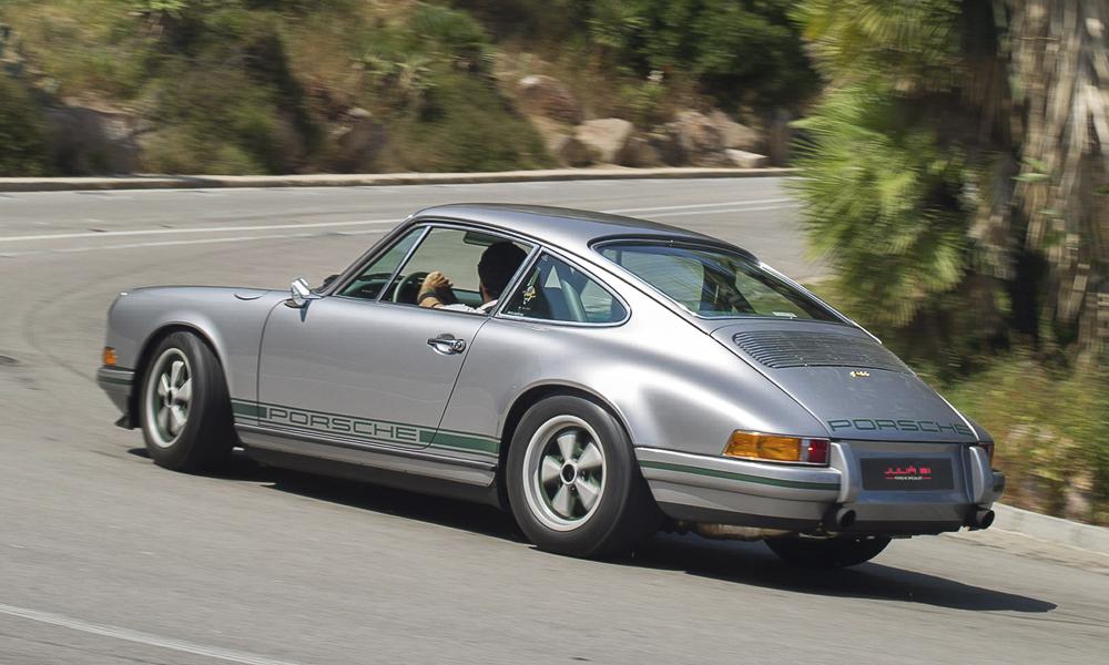 Un backdate extraordinario sobre la base de un 964 hecho por Juliá 911 .Foto cedida por 9OncePlus.