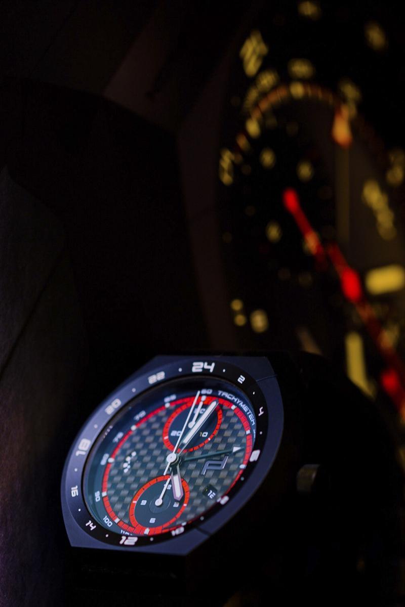 Porsche Design Monobloc Actuator Edición Especial. Fotografía emulando la noche de las 24 Horas de Le Mans.