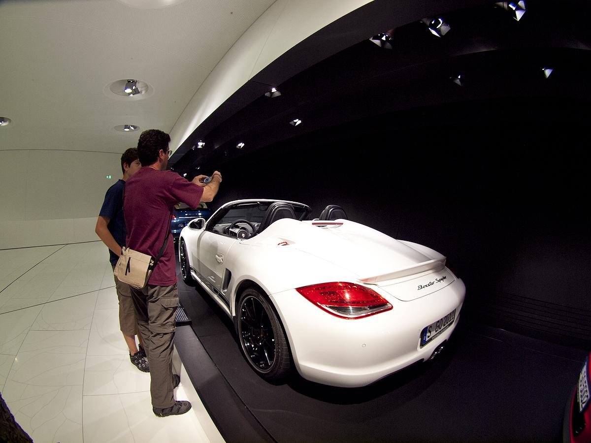 Un precioso Speedster blanco.