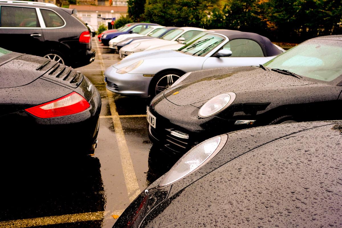 II Ruta Princesa. Parte de los asistentes en el parking del MUMI.