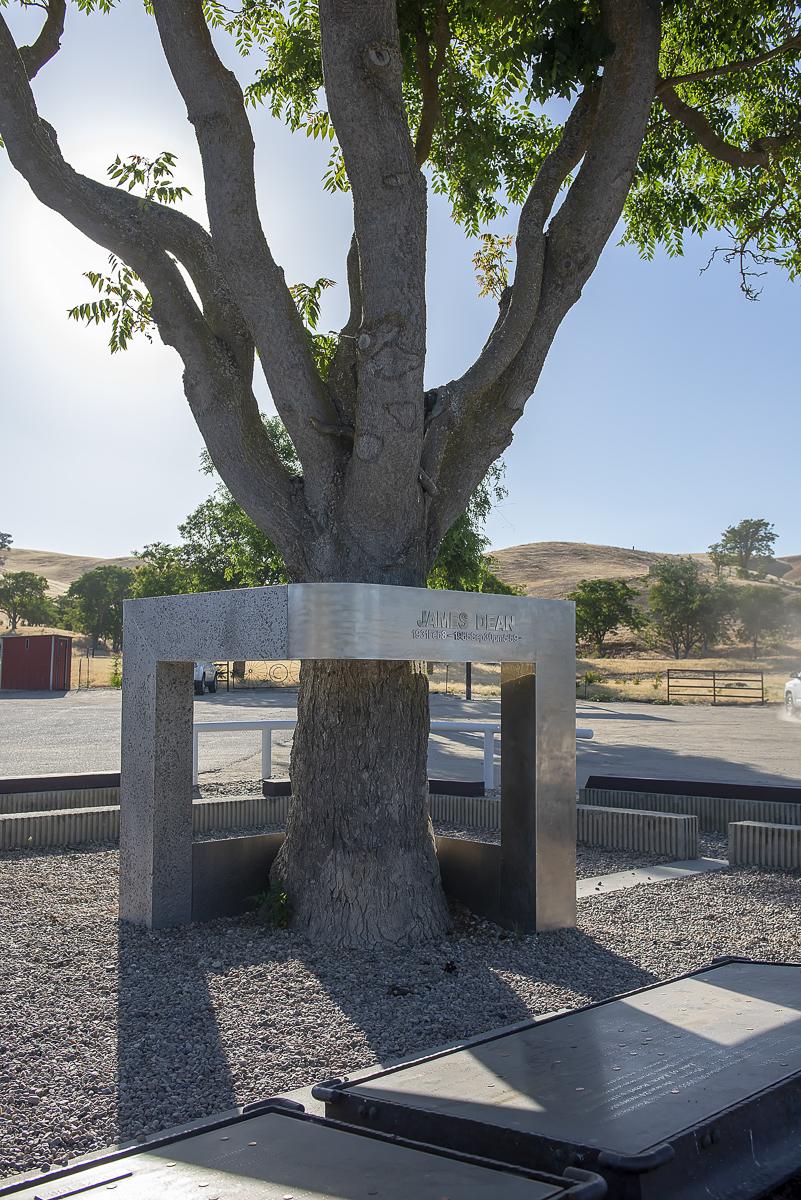 Construcción de homenaje a James Dean en USA. Foto cedida por 9OncePlus.